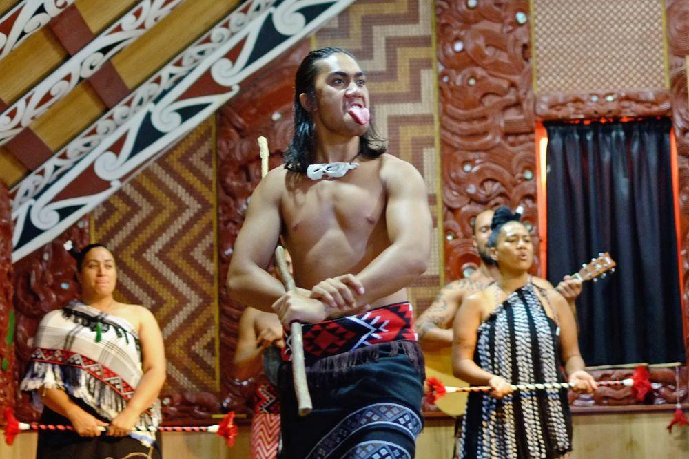 Przedstawienie kultury Maoryskiej w tzw. Hanga